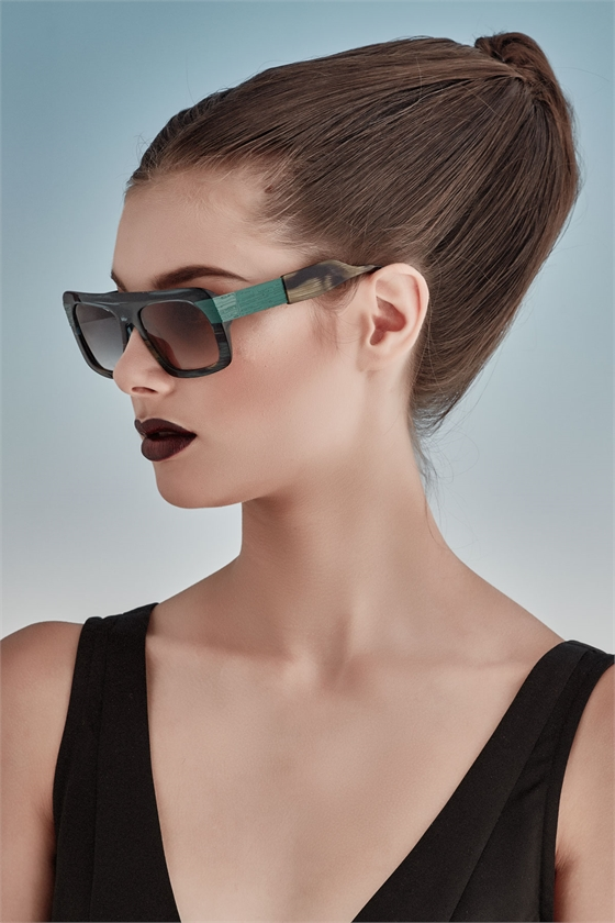 GREEN WITH ENVY Sunglasses