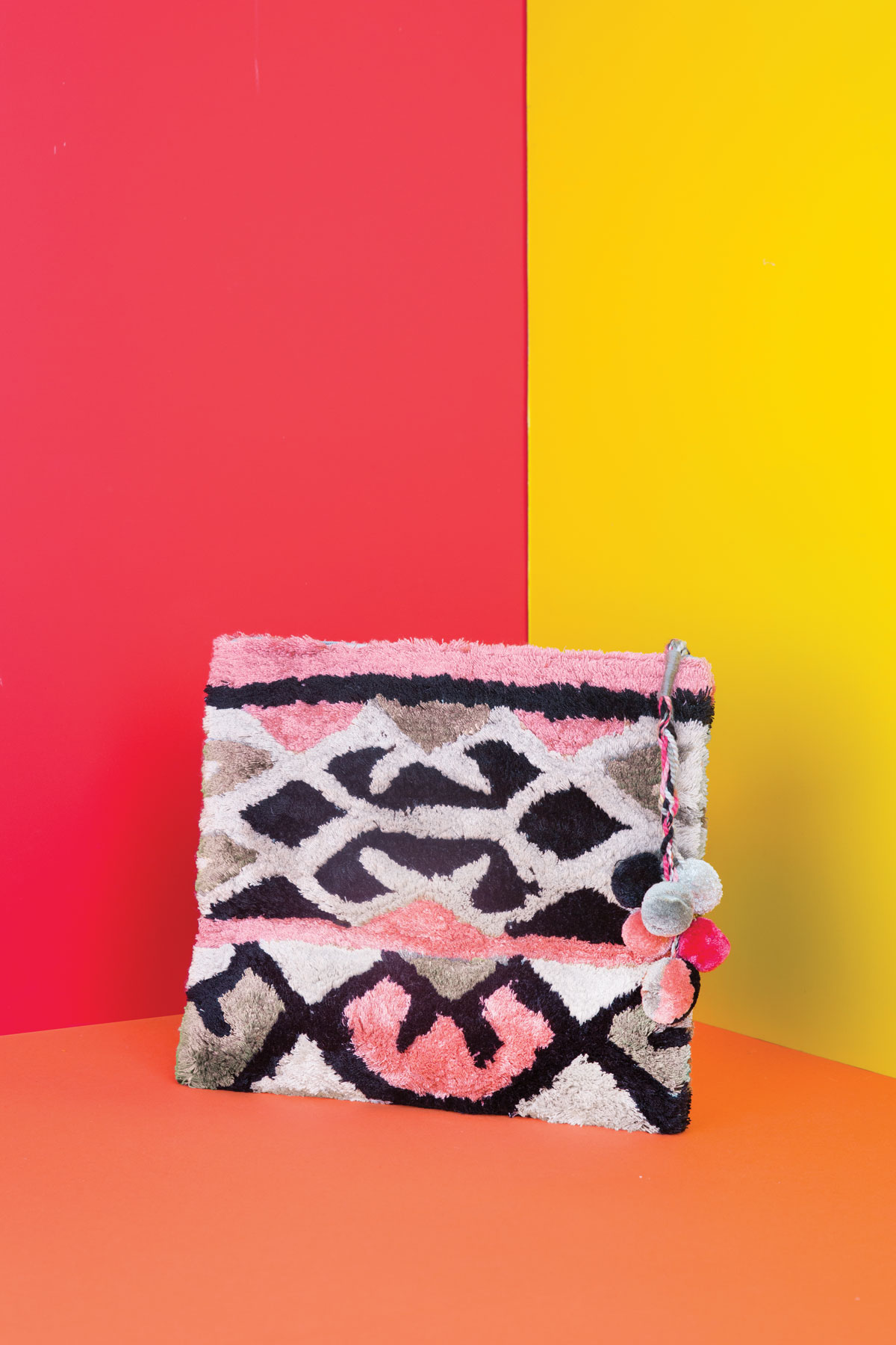56cd3b445d ... Trelise Cooper Online - ACCESSORIES. My Account · 0. AUD, NZD. null.  RIDE THE CLUTCH BAG